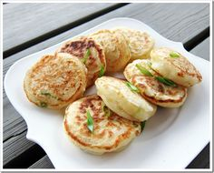 No Place Like Kitchen » Yeast Ricotta Pancakes with Scallions