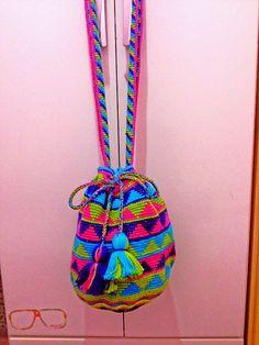 Katia Ribeiro Acessórios: Wayuu bag crochet - Bolsas colombianas em crochê p...