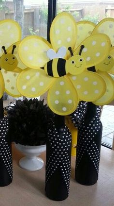 Bumble Bee Wine Bott