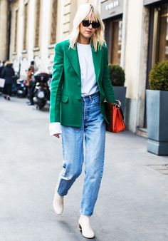 See the easy-to-re-create and cutest outfits you'll want to wear all season long (and beyond!).