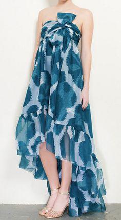 Diane Von Furstenberg Dress- I kind of like it, but I think she looks like she's wearing a sheet.