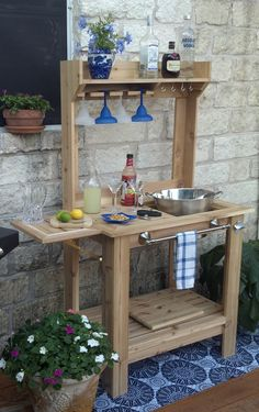 Custom Made Outdoor Bar by Southwind Spirit Studio