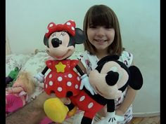 Minie Mouse Conta Histórias Mickey Barbie boneca Rock'n Royals Baby Aliv...