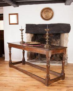 Early oak Elizabethan 16th century table