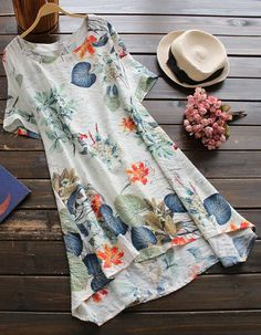 You not only have the will to wow the crowds, you have the ability! Particularly if you are rocking this dress! The gorgeous plant print is stunning and so is the casual style!