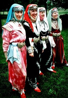 Traditional bridal (& festive) costumes of Eskişehir (central district and Seyitgazi).  Style: mid-20th century; it is a remainder of the 'Bahriye' (Marine) style, which was popular in western Anatolia in the 1920s-1930s.  These particular dresses date from 1960-1995; metal thread embroidery (in 'tuturma' technique) on silk or velvet.  Such costumes are still (hand-)made and used/sold/rented for marriages.  (Kavak Folklor Ekibi & Costume Collection-Antwerpen/Belgium).