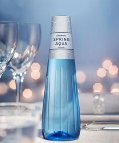 Muista napata kuva joulun juhlakattauksestasi! Voit voittaa 6 kpl Iittalan Kastehelmi-juomalaseja sekä Spring Aqua Premium -tuotepaketin! Kilpailuun voi osallistua lataamalla kuvan Instagramissa ja liittämällä kuvaan tunnisteet @finnspringjuomat ja #munjuhlakattaus. Kilpailuaika on 14.12.2015–14.1.2016.  Upeat Spring Aqua Premium -lähdevesipullot kruunaavat juhlakattauksesi! http://www.finnspring.fi/fi/ajankohtaista/77-spring-aqua-premium-kisa