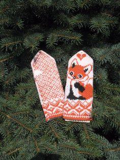 Velkommen til Telenor E-post Yarn Projects, Knitting Projects, Crochet Projects, Knitting Patterns, Crochet Mittens, Knit Crochet, Viking Pattern, Wrist Warmers, Knitting For Kids