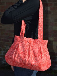 Anya shoulder bag pattern on sale at http://sozowhatdoyouknow.blogspot.co.uk/