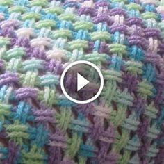 Crochet tutorial that teaches you how to the Interweave Cable crochet stitch. Quick And Easy Crochet Blanket Patterns For Beginners: Interweave Cable Celtic Stiytch. Easy Knitting Patterns, Crochet Stitches Patterns, Knitting Stitches, Crochet Designs, Simple Knitting, Crochet Cable, Knit Or Crochet, Crochet Granny, Finger Crochet