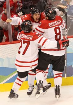 Vancouver 2010 Olympic Hockey Finals After Sidney Crosby Scores the Winning Goal...Epic Game!!!