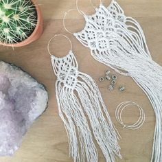 Macrame Christmas decorations in the making