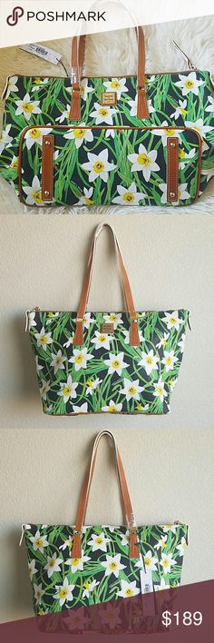 New dooney floral bag Daffodil large bag. Great for a gift Dooney & Bourke Bags Shoulder Bags