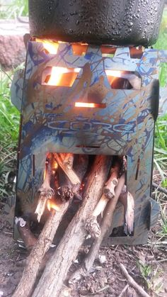 Our review of the new #MySurvivalPack #CoreM4Stove  #woodgas #backpacking #stove is now up and available. This mini version of the original certainly makes a great impression. http://www.thegearwhores.com/reviews/msp-core-m4-stove/