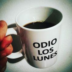 mi lunes café..igual feliz dia para todas y todos!