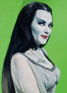Munsters Tv Show, The Munsters, Lily Munster Costume, Dark Romance, Female Vampire, Vampire Girls, Black Sheep Of The Family, Vintage Goth, Vintage Films