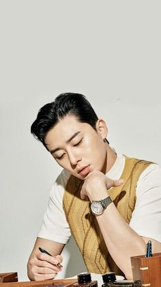 Parks, Handsome Korean Actors, Park Seo Joon, Kings Park, Cute Disney Wallpaper, Kdrama Actors, Korean Celebrities, Korean Men, Perfect Man