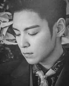 "Perfection. 최승현 on Instagram: ""@choi_seung_hyun_tttop ©huiforg #Bigbang #Madetourinseoul #madetourfinalinseoul"""