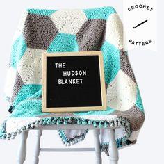 Fleece lined. Coming Home Gift Boy or Girl – Knitting Baby İdeas. Easy Knit Baby Blanket, Knitted Baby Blankets, Crochet Borders, Afghan Crochet Patterns, Crochet Hooks, Crochet Baby, Double Crochet Decrease, Crochet Basics, Single Crochet