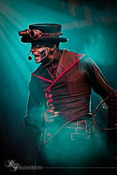 What a great shot of Bunny!! One of a trio of automatons from Steam Powered Giraffe