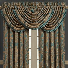 J Queen New York J Queen Montgomery Emerald Green Waterfall Valance Bedding Curtains And Draperies, Elegant Curtains, Window Curtains, Drapery, Curtain Panels, Curtain Styles, Curtain Designs, Unique Home Decor, Home Decor Items