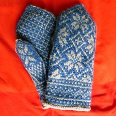 Ravelry: neurasthenias blue northman mittens