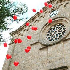 #Mallorca #wedding #weddingphotography #weddingphoto #weddingplanner #weddingplanning #weddingdays #weddingdetails #redballoons #destinationwedding #destinationweddings #bride #bridebouquet #realwedding #realweddings #love #romantic #romanticwedding #hochzeit #hochzeits #hochzeit2016 #hochzeitstag #hochzeitsplaner #hochzeitsplanung #church #weddingchurch