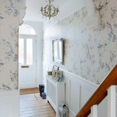 Off-white floral hallway | Traditional decorating ideas | Ideal Home | Housetohome.co.uk