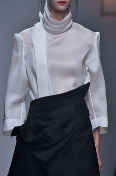 Aganovich at Paris Fashion Week Spring 2015 - Details Runway Photos Paris Fashion, High Fashion, Fashion Show, High Collar Dress, Fashion Details, Fashion Design, Shirt Blouses, Women's Shirts, White Shirts