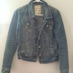 Aeropostale Denim Jacket size medium Aeropostale Denim Jacket size medium Aeropostale Jackets & Coats Jean Jackets