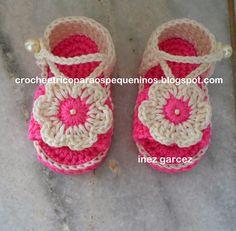 CROCHE E TRICO PARA OS PEQUENINOS: sandália de crochê