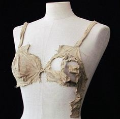 A recent discovery in an Austrian castle has revealed that bras existed back in the 15th century. It is among dozens of new textile artifacts that seem to have been preserved by a lucky accident, which will give historians a much better understanding of late medieval fashion.