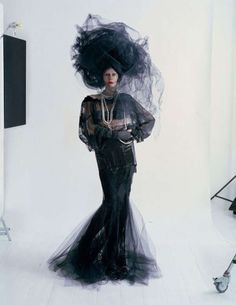 Glamorously Eccentric Editorials - The W Magazine Couture's Outre Attitude Photoshoot is Vib (GALLERY)