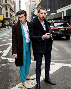 honestly love this photo. Alex the blue boy, and miles is a sexy dad with money - N Alex Turner, Arctic Monkeys Wallpaper, The Blue Boy, Classy Aesthetic, Aesthetic Boy, Aesthetic Images, Monkey 3, The Last Shadow Puppets, Bae