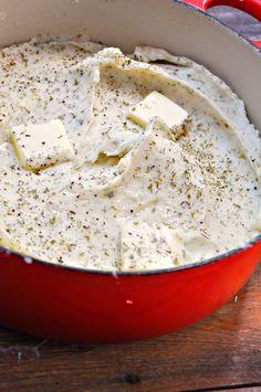 Vegan Garlic Ranch Mashed Potatoes - Rabbit and Wolves