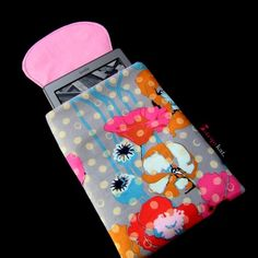 Poppy Kindle case Touch