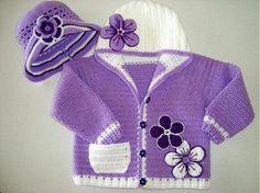 Detské oblečenie - Bledučko fialový svetrík - 1262277