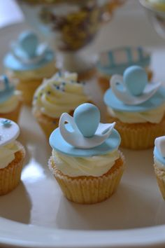 Baby Shower Mini Lemon Cupcakes