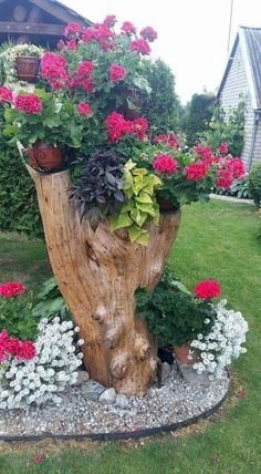50 Stunning Spring Garden Ideas for Front Yard and Backyard Landscaping - Garden Projects Garden Yard Ideas, Garden Projects, Garden Pots, Diy Projects, Dry Garden, Patio Ideas, Backyard Ideas, Project Ideas, Outdoor Planters