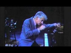 Bernstein, The greatest 5 min. in music education So awesome!