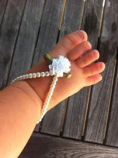 Baby barefoot sandals, baby girl jewelry, baby keepsake, flower girl, baptism, white beaded baby jewelry