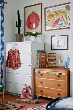 Modern kids room design dressers 23 Ideas for 2019 Baby Bedroom, Girls Bedroom, Bedroom Decor, Childs Bedroom, Bedroom Modern, Bedroom Furniture, Children Furniture, Bedroom Lamps, Wall Lamps