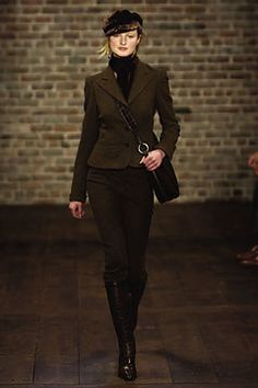 Ralph Lauren Fall 2003 Ready-to-Wear Collection Photos - Vogue