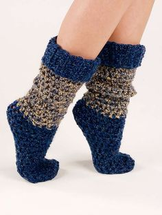 Blue Tweed Socks By Hsaron Hatfield - Free Crochet Pattern - (crochet-world) Crochet Boots, Crochet Gloves, Crochet Slippers, Love Crochet, Crochet Baby, Knit Crochet, Chunky Crochet, Easy Crochet Socks, Simple Crochet