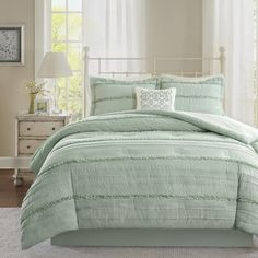Shop for Madison Park Isabella Green Comforter Set. Get free shipping at Overstock.com - Your Online Fashion Bedding Outlet Store! Get 5% in rewards with Club O!