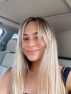 Side Bangs With Long Hair, Blonde Hair With Bangs, Blonde Hair Looks, Blonde Straight Hair, Side Bangs Long Hair, Wispy Side Bangs, Blonde Hair Fringe, Side Part Bangs, Cute Side Bangs