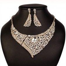 SET bijuterii mireasa Safiria colier si cercei placate cu Aur galben 10k si cristale Aur, Jewelry, Fashion, Crystal, Moda, Jewlery, Bijoux, Fashion Styles, Schmuck