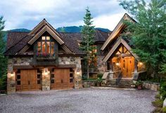 Mountain Lodge Style Home -Aspen Future House, My House, Cottage House, House Floor, Casas Country, Mountain Homes, Mountain Style, Mountain Home Plans, Mountain Home Exterior