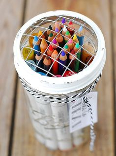 Drawing Kit in a Jar | Cute and Easy DIY Gifts in a Jar