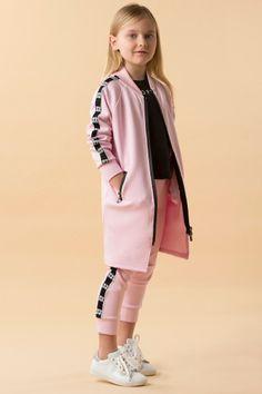 Collezione FW 18 | I Pinco Pallino Girls Fashion Clothes, Toddler Fashion, Kids Fashion, Fashion Outfits, Sport Outfits, Kids Outfits, Cute Outfits, Little Girl Dresses, Girls Wear